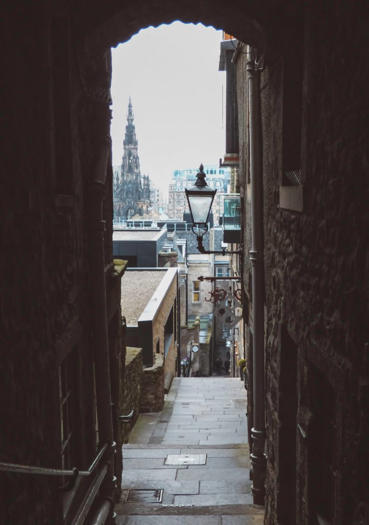 Discovering the hidden closes along The Royal Mile, Devil's Advocate was our favourite!