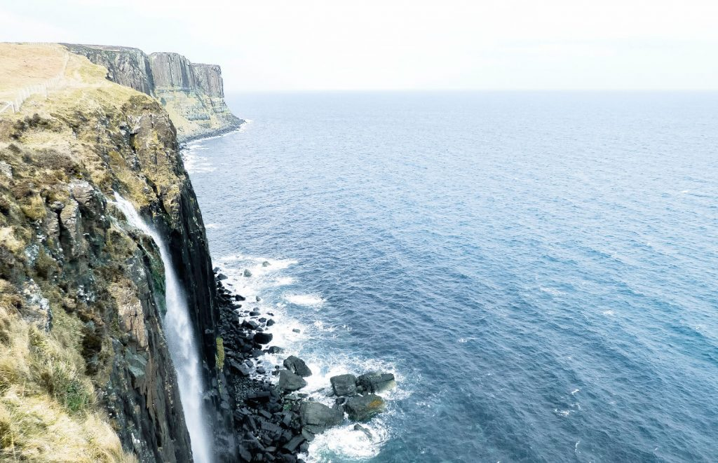 An easy but beautiful quick stop at Kilt Rock on the Ilse of Skye