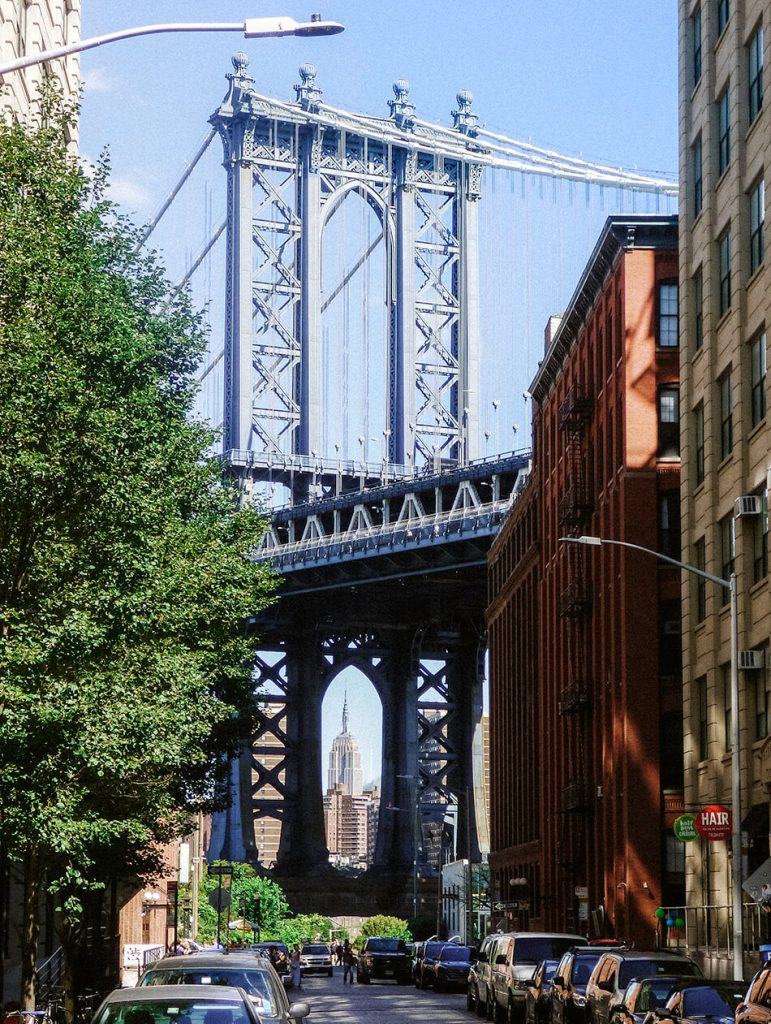 Lively neighbourhood of DUMBO with gorgeous views over the Manhattan Bridge