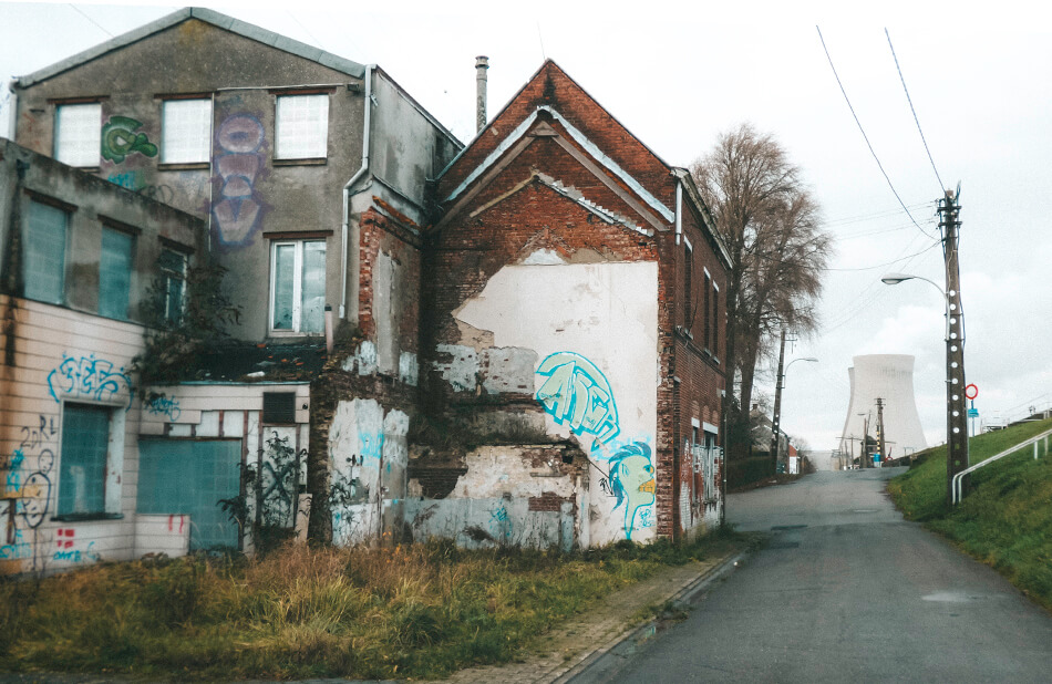 Doel maybe is a decaying ghost town but it certainly is a street art paradise