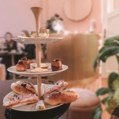 Decadent finger food and high tea in Antwerp