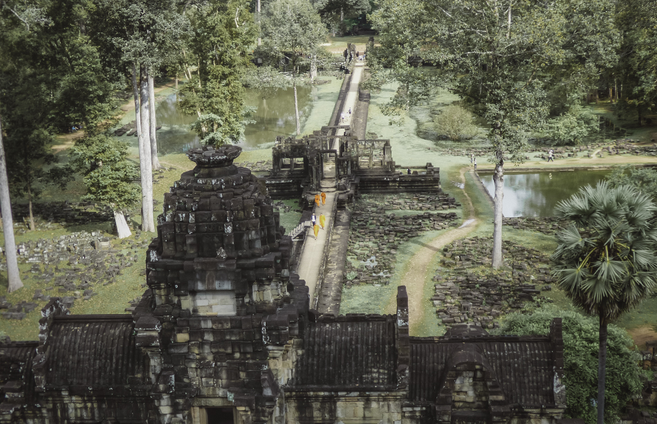 The minor temples i n Angkor receive far fewer crowds