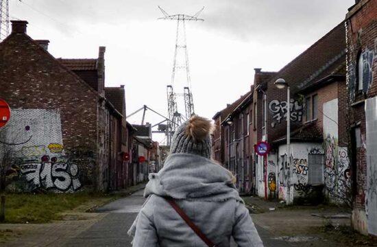Urban exploring in Belgium: ghost town Doel street art