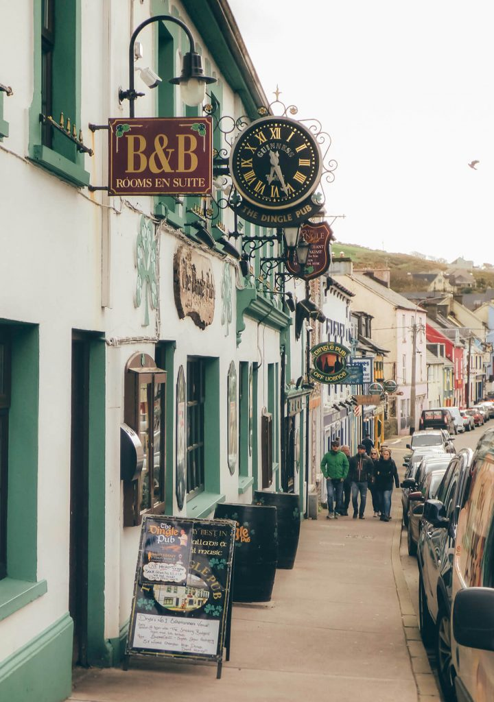 The cute town of Dingle cannot be missed of our Ireland itinerary in 7 days