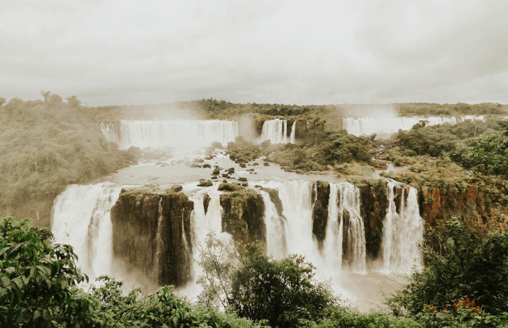 Spectacular view over the Iguaçu Falls from the Brazilian side.