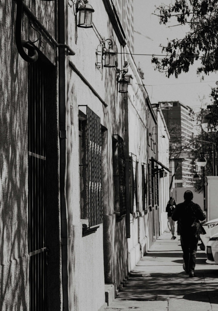 Tiny streets in Santiago to be discovered on our free self-guided walking tour!