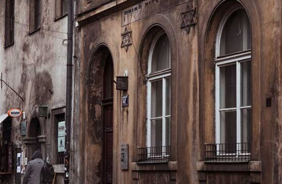 Krakow walking tour: a memorable journey through Kazimierz and the Jewish Ghetto