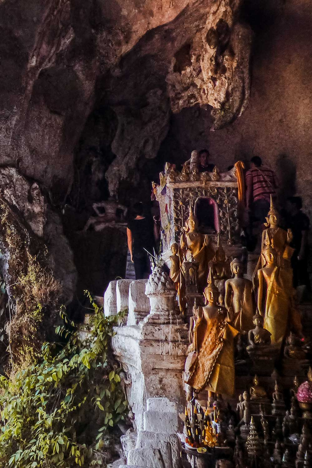 Day excursion from Luang Prabang to the Pak Ou Caves